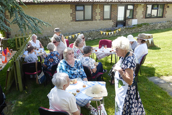 It Was A Glorious Sunny Afternoon For Picnic And That Is Just What Martinstown WI Group Had In The Village Hall Garden Part Of Celebrations To